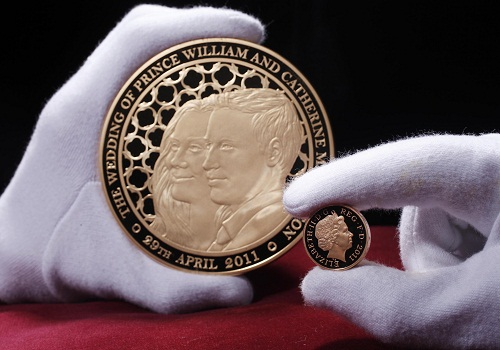 the royal wedding coin. Each kilo coin is 10