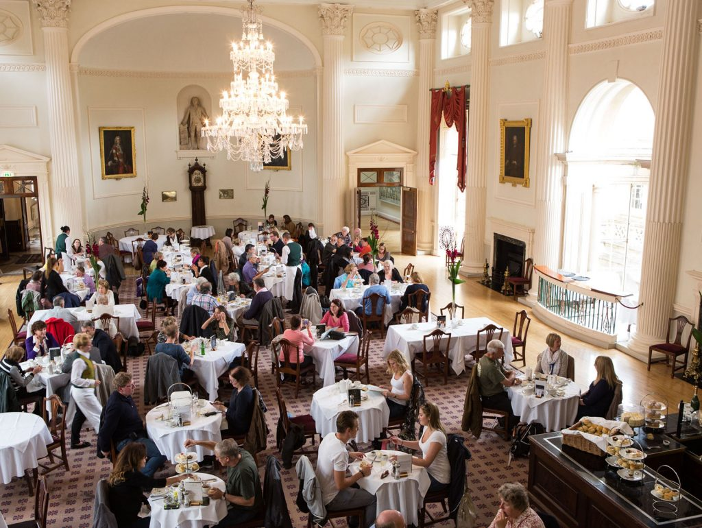 Afternoon tea at the Pump Room in Bath. September 2013. Photographer Freia Turland e:info@ftphotography.co.uk m:07875514528
